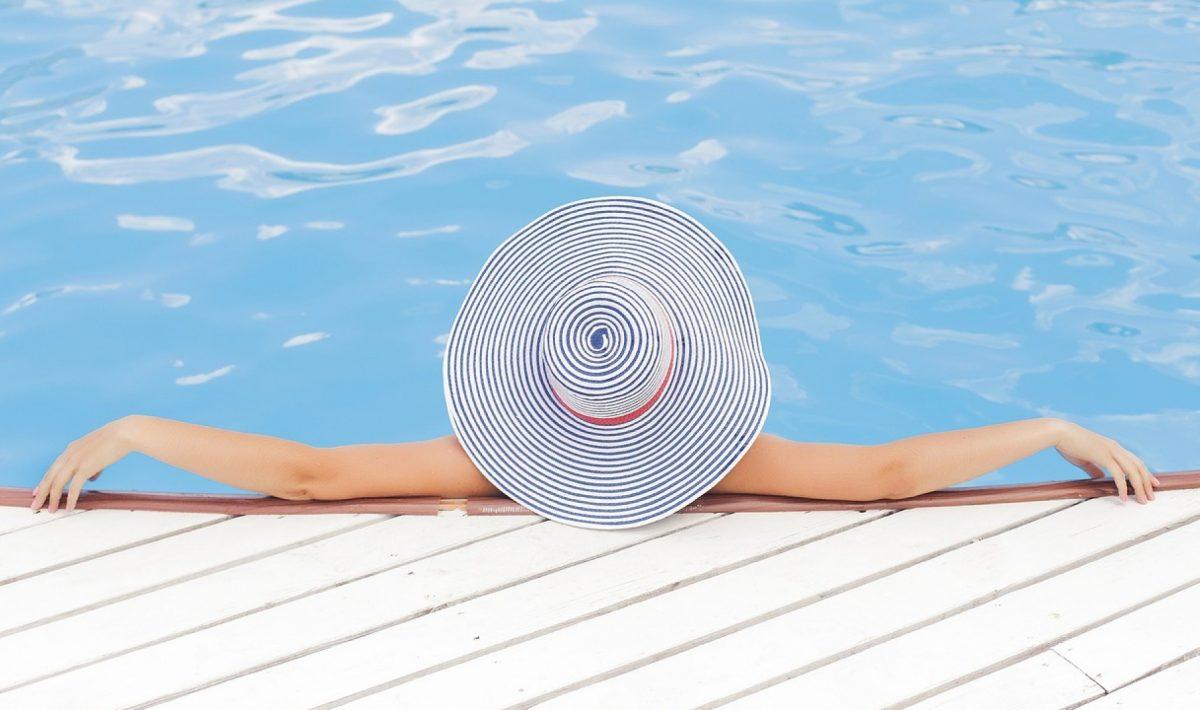 Séjourner dans un camping avec piscine à proximité de la mer : les avantages